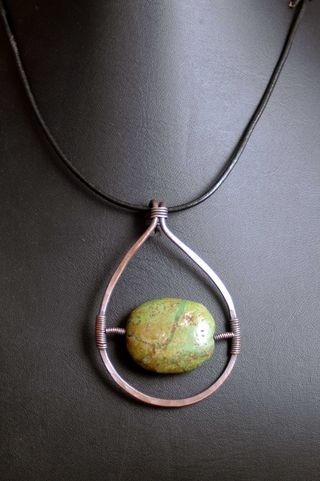 Green turquoise copper oval pendant_sm